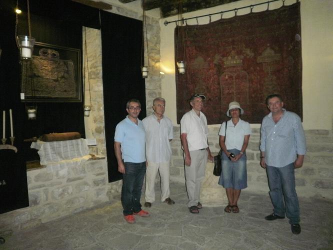 visita a la Sinagoga del Agua del rábino Dr. Moshe Hoshen y su esposa Dra. Dalia Hoshen.
